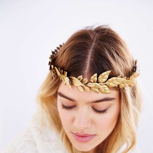 16 Wedding Headpieces That Prove Bling Is Back pics