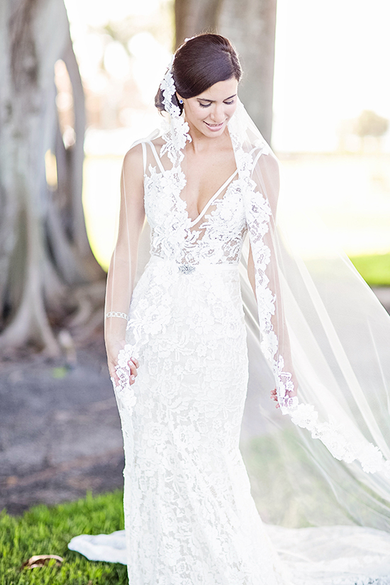 Formal Romance Wedding In Florida Bridalpulse