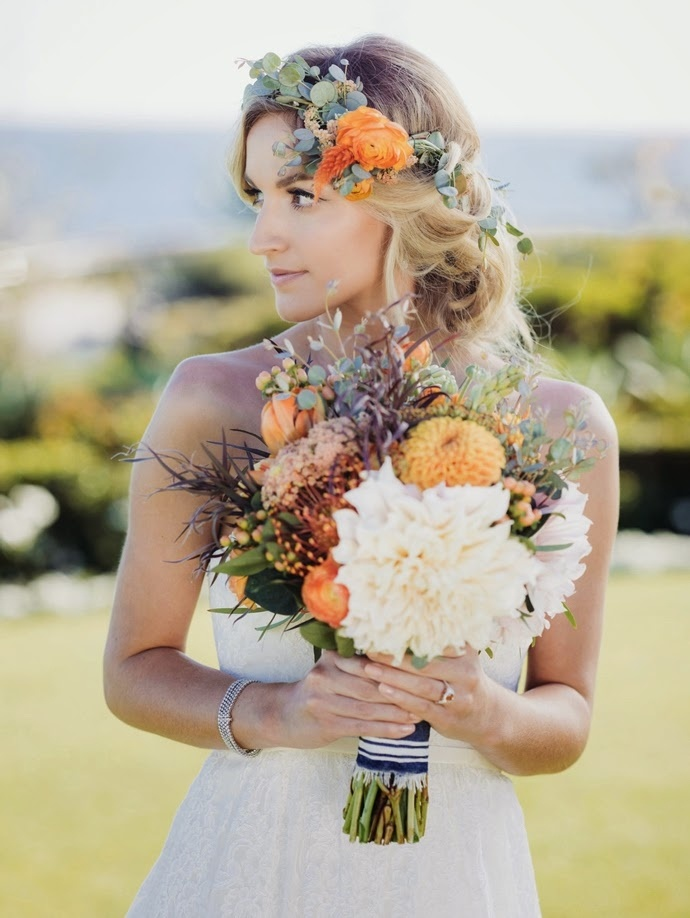21 fall flower crown ideas inspiration for boho brides bridalpulse mightylinksfo