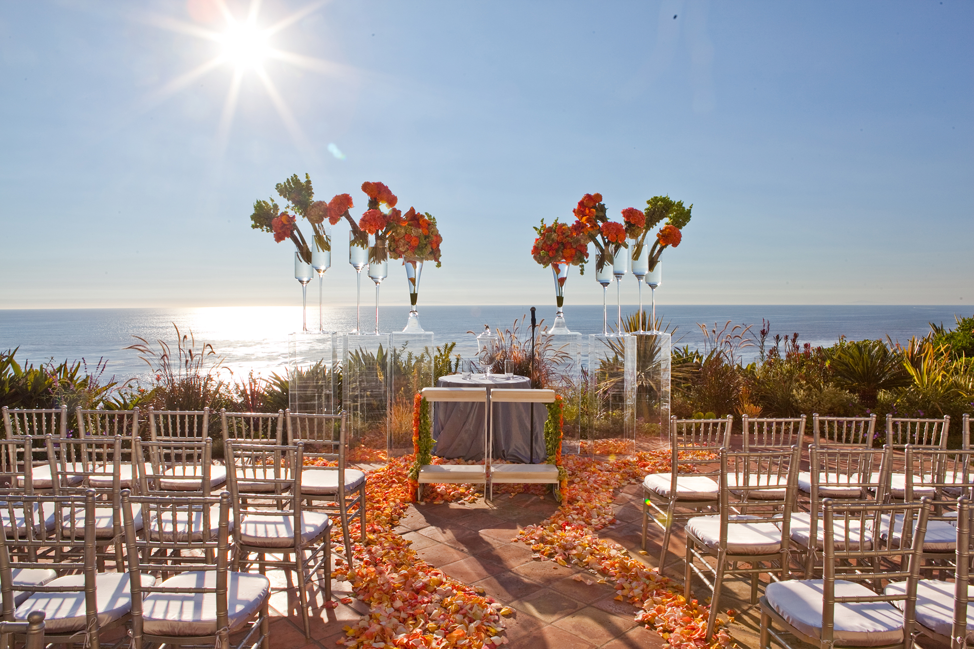 722e719e73 Southern California Fall Inspired Beach Wedding by Christine Bentley ...