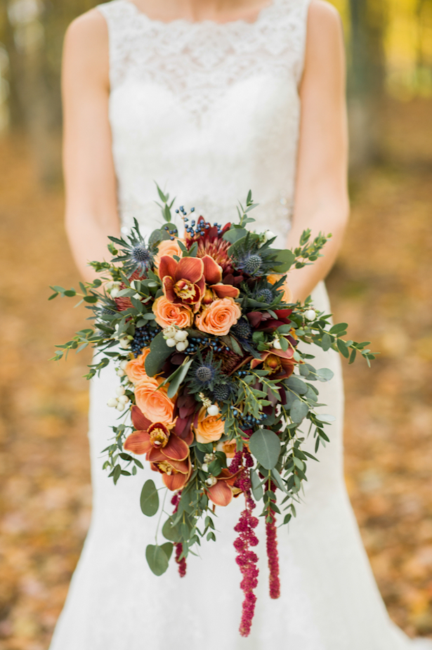 fall wedding flower bouquets pumpkins and rustic glam wedding inspiration bridalpulse 4033
