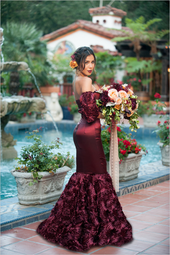 Red and gold spanish wedding ideas bridalpulse for Red and gold wedding dress
