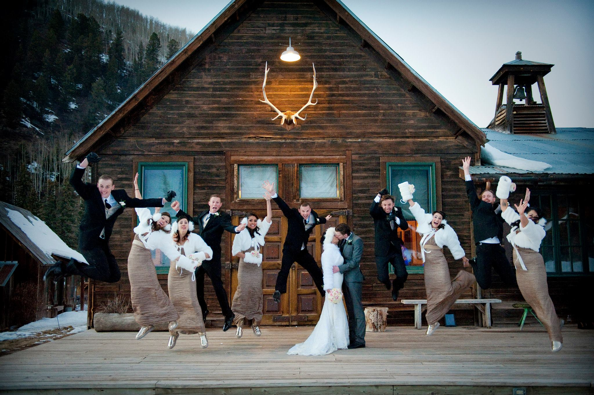outdoor winter wedding at dunton hot springs in colorado