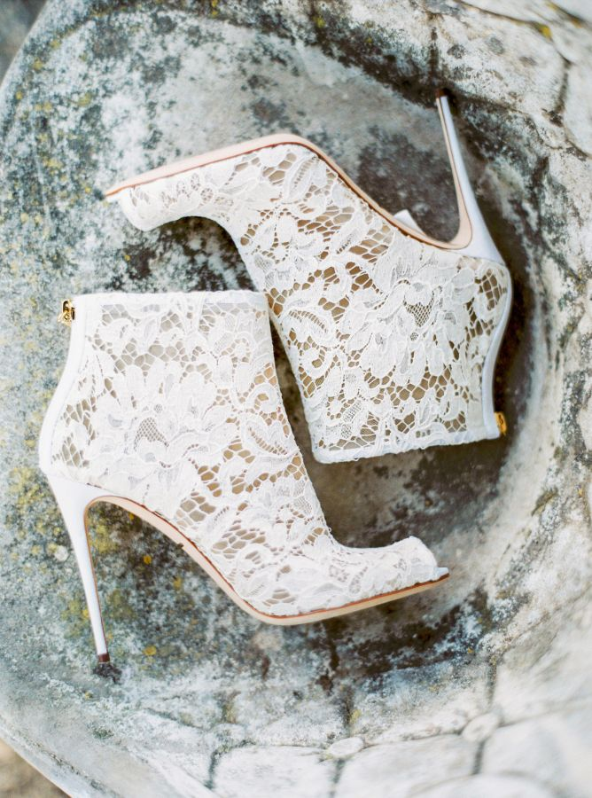 Lace Wedding Shoes For the Bride-to-Be! - BridalPulse