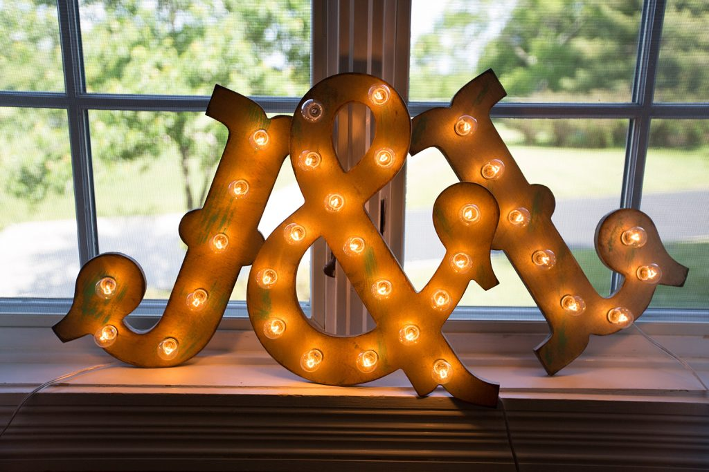 letter signs at virginia wedding