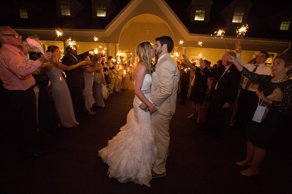 bride and groom kissing at virginia wedding