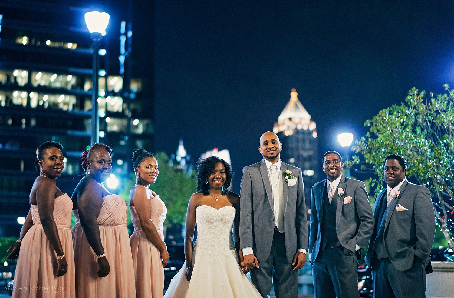 bride and groom and bridal party in atlanta georgia