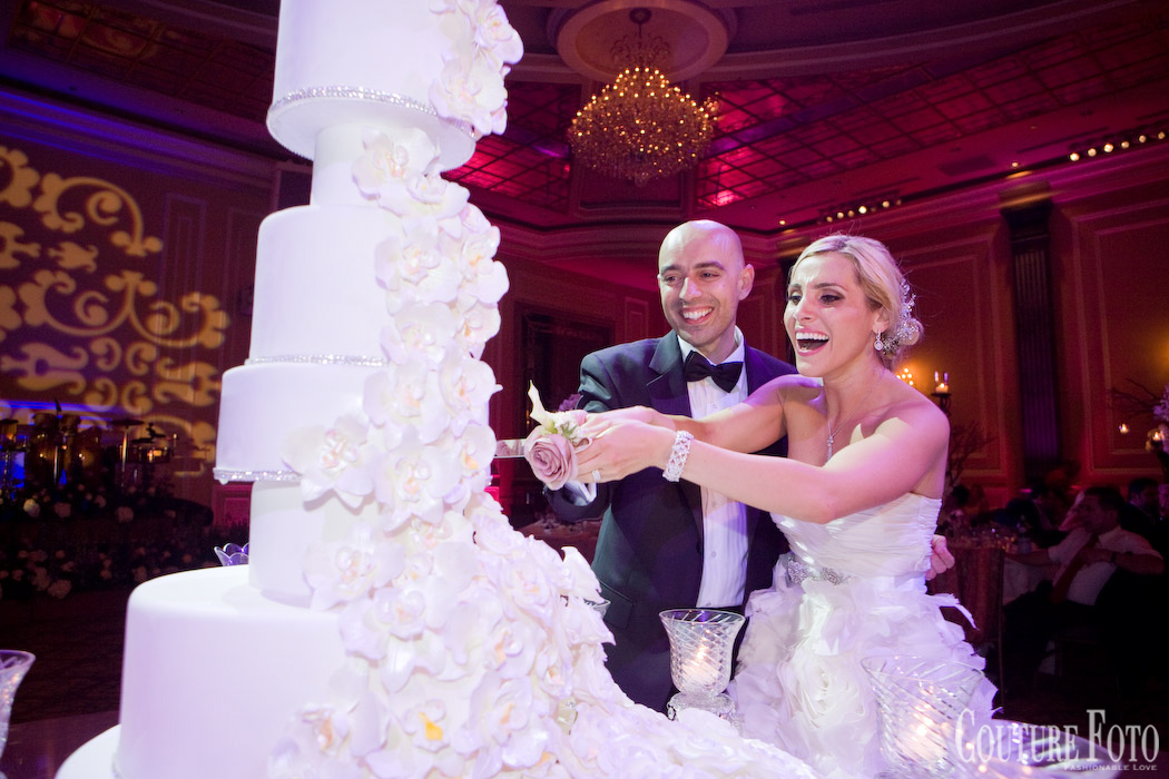 bride and groom cutting cake at new jersey fantasy wedding