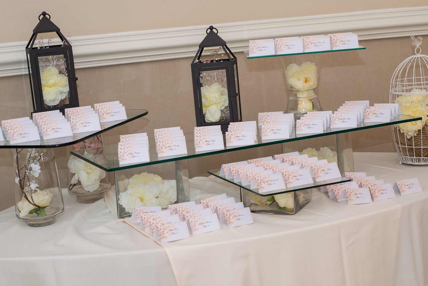 placecard table at country club wedding reception
