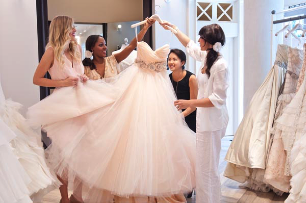 5 wedding dress shopping tips for the maid of honor for Maid of honor wedding dresses