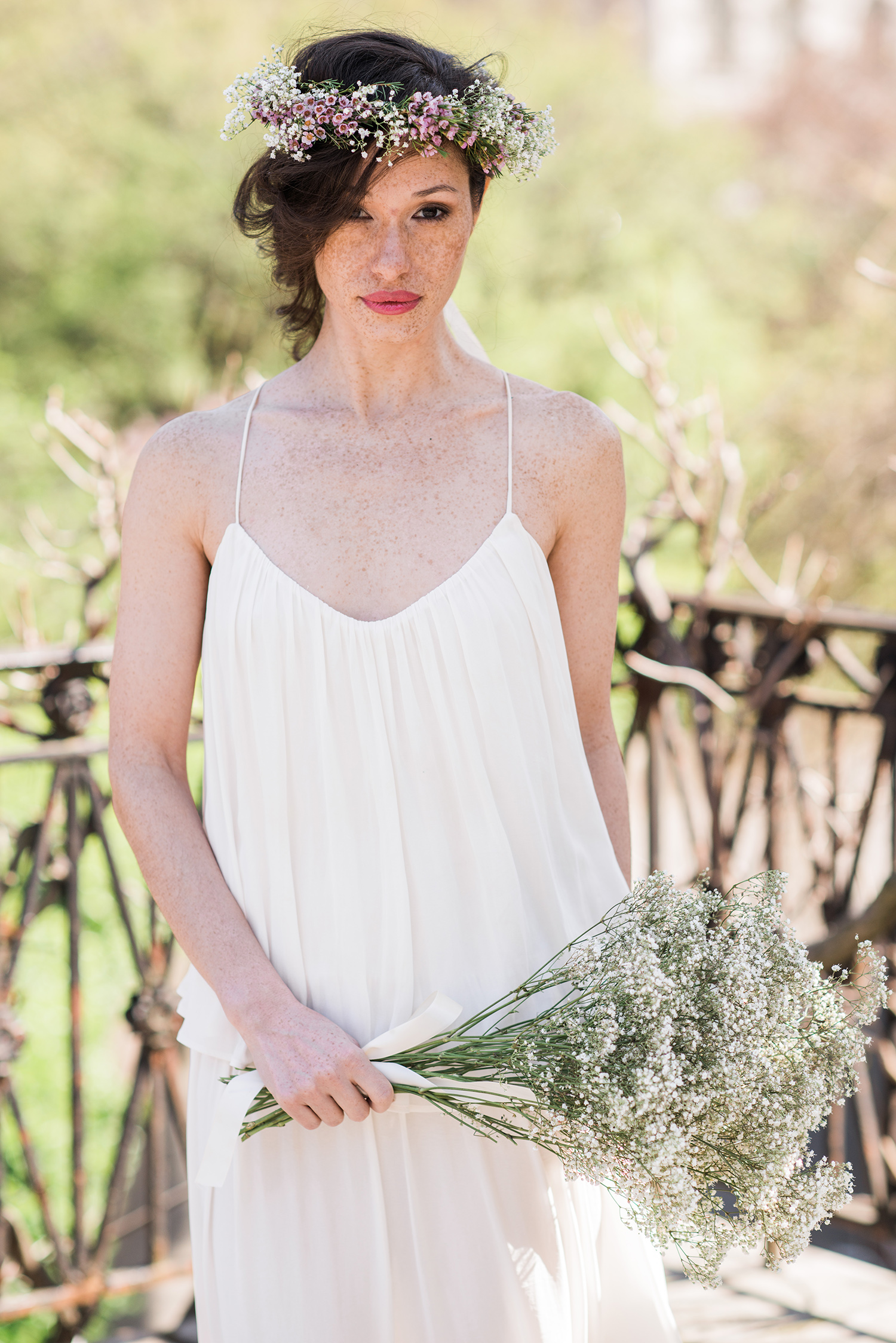 Spring flower crown for the rustic bride by stellar style events if youre looking for some more floral crown inspiration be sure to check our flower crown ideas for the boho chic bride the romantic bride izmirmasajfo Choice Image