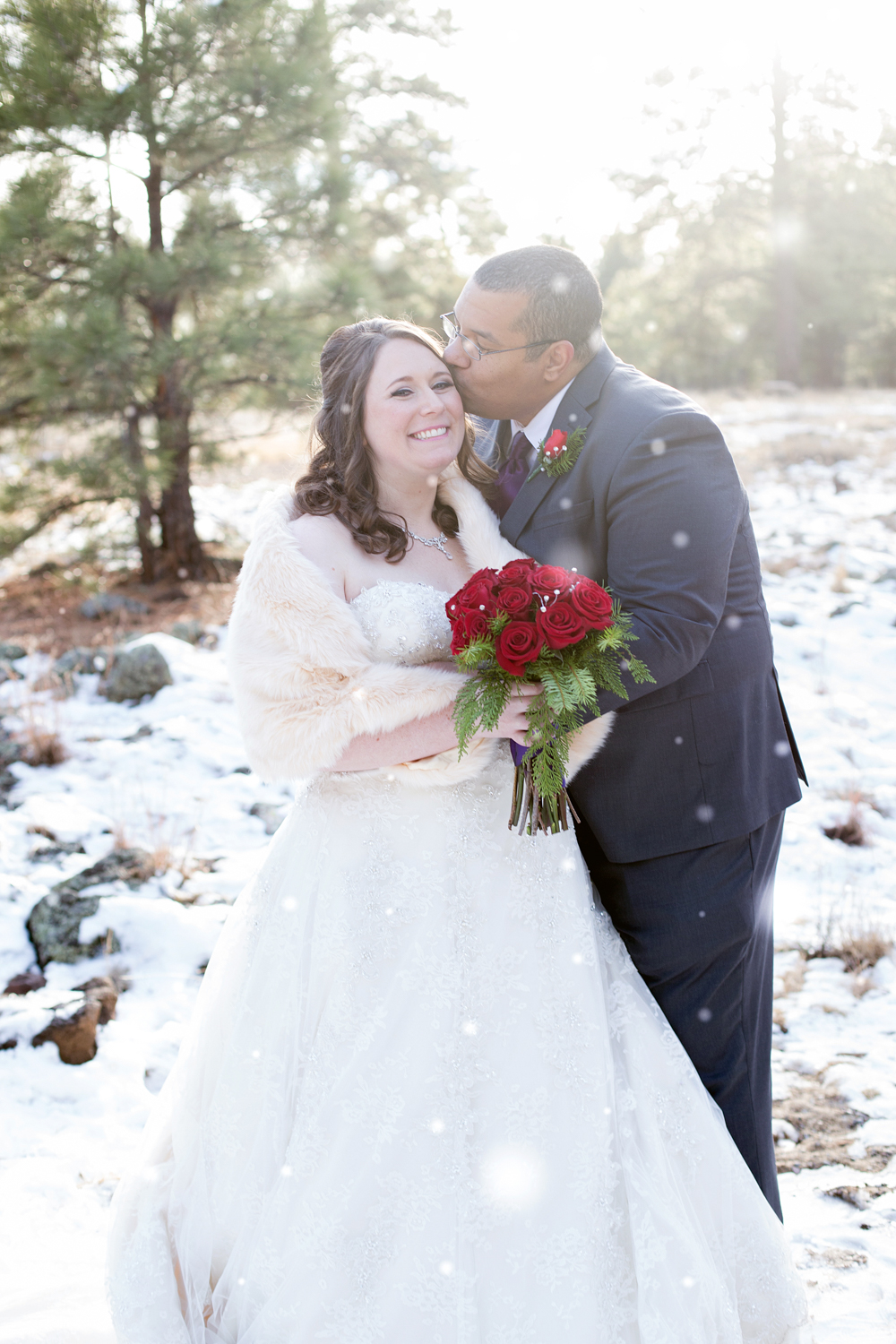 A Christmas Day Winter Wonderland Wedding in Arizona - BridalPulse