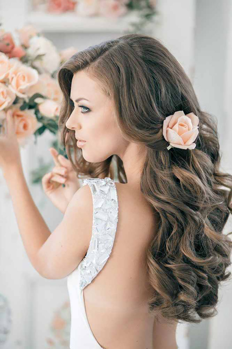 BridalPulse - 20 Gorgeous Wedding Hairstyles for a Summer Wedding |Hairstyle by Elstile