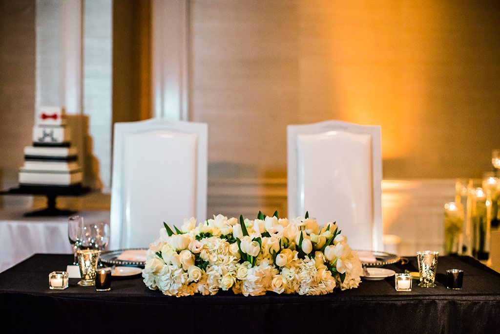 sweetheart table at los angeles wedding reception