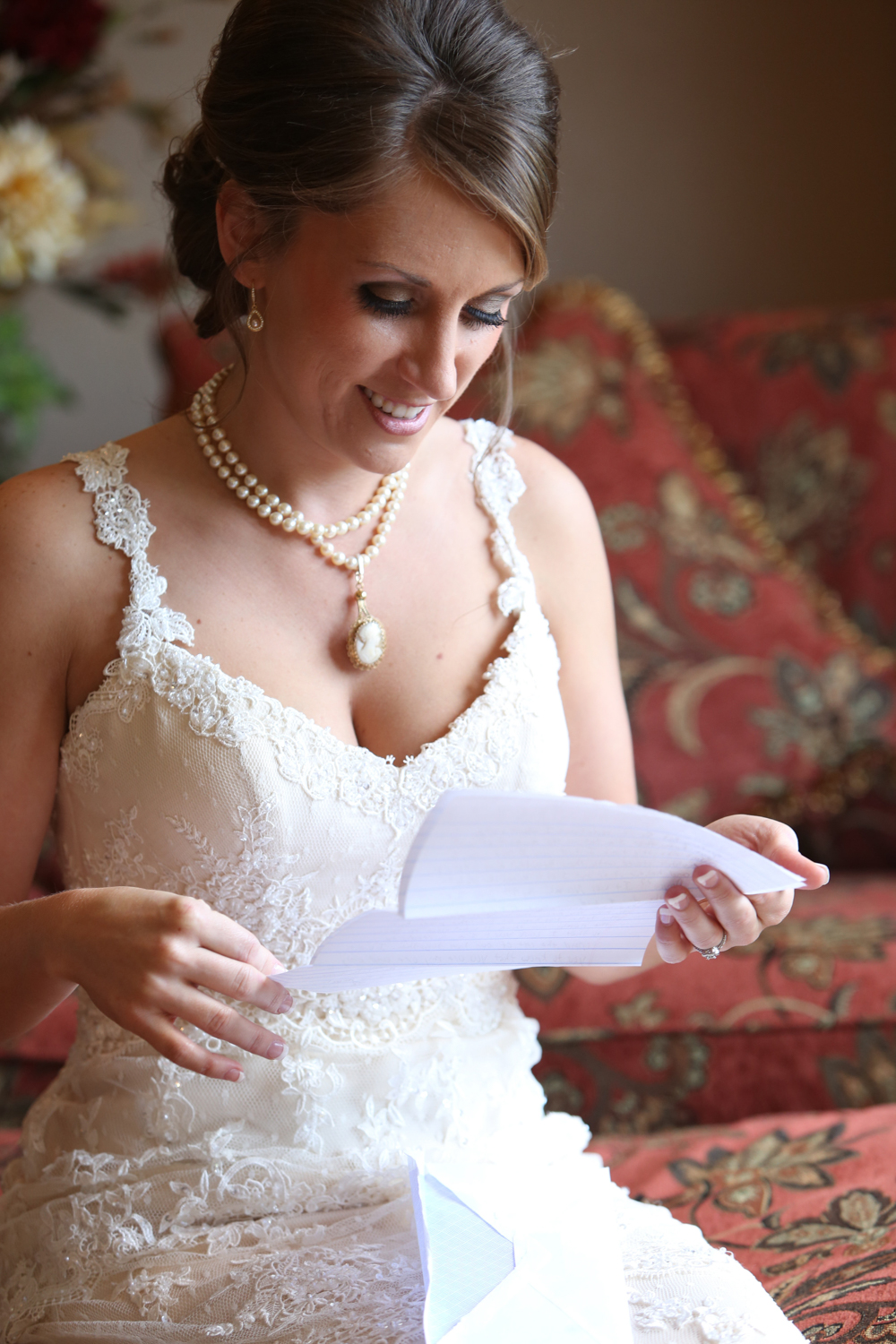 BridalPulse - Sweet Home Alabama Farm Wedding By Rent My Wedding | bride reading note from groom