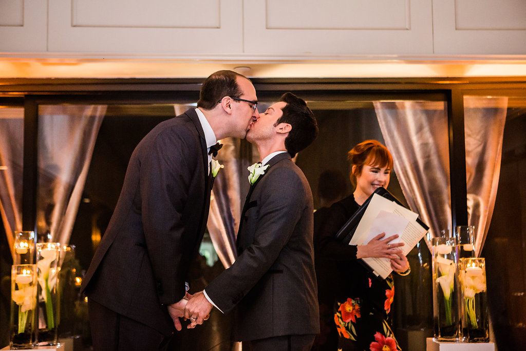 couple just married at los angeles wedding ceremony