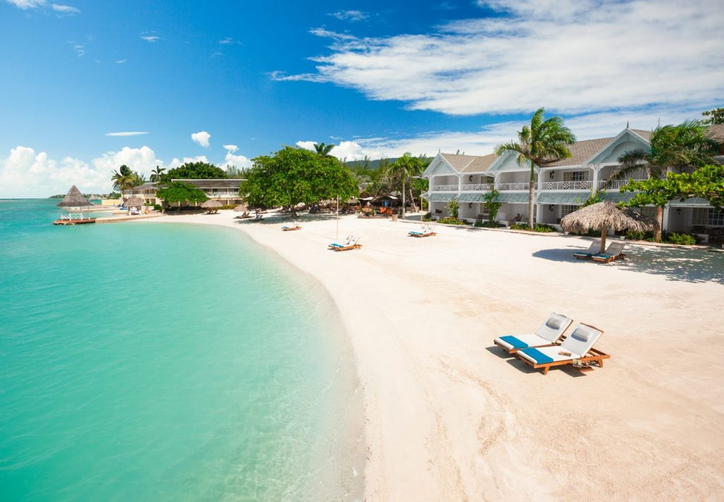 BridalPulse - Top Ten Mini-Moon Destinations | royal caribbean jamaica mini honeymoon