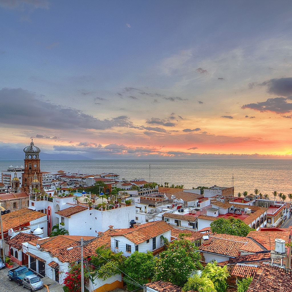 BridalPulse - Top Ten Mini-Moon Destinations | mini honeymoon puerto vallarta