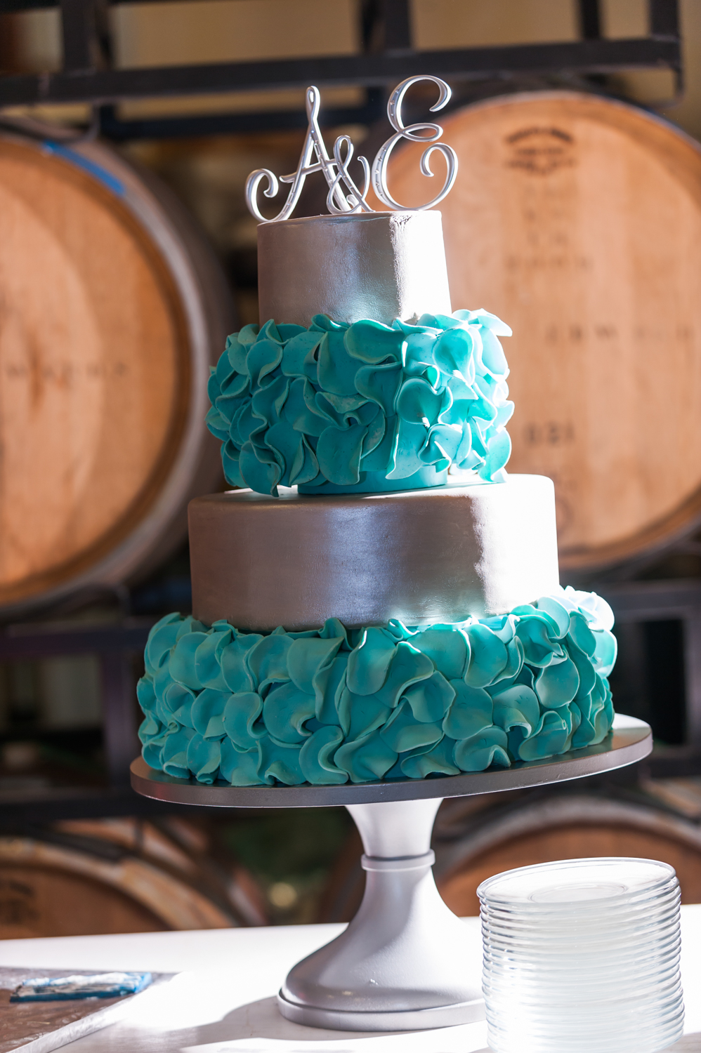 BridalPulse - An Outdoor Vineyard Wedding in NC By Rent My Wedding | turquoise wedding cake