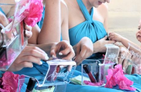 When Should You Give Bridesmaids Their Gifts?