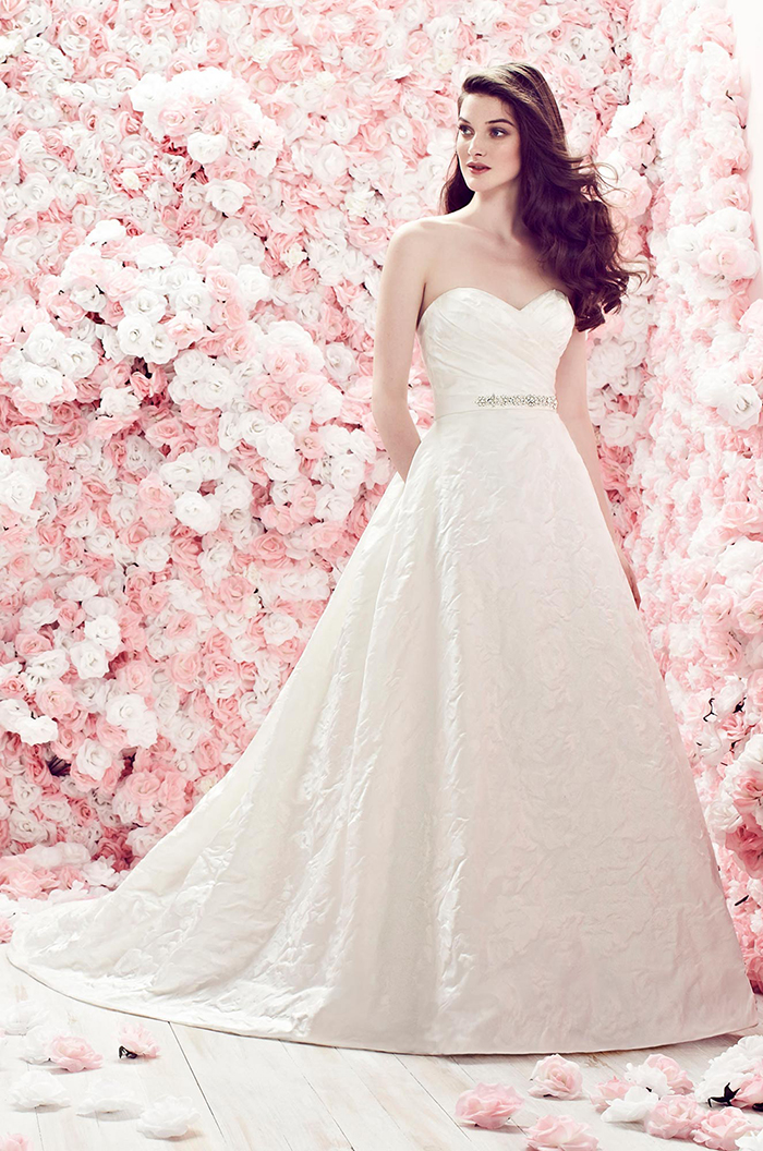 The Easy-to-Understand Guide to Wedding Dress Fabrics - BridalPulse