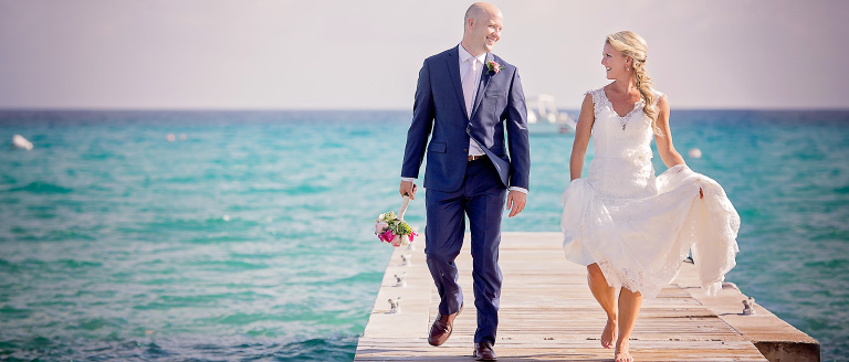 BridalPulse – Cayman Islands Honeymoon Guide | Follow @BridalPulse for more wedding inspiration!