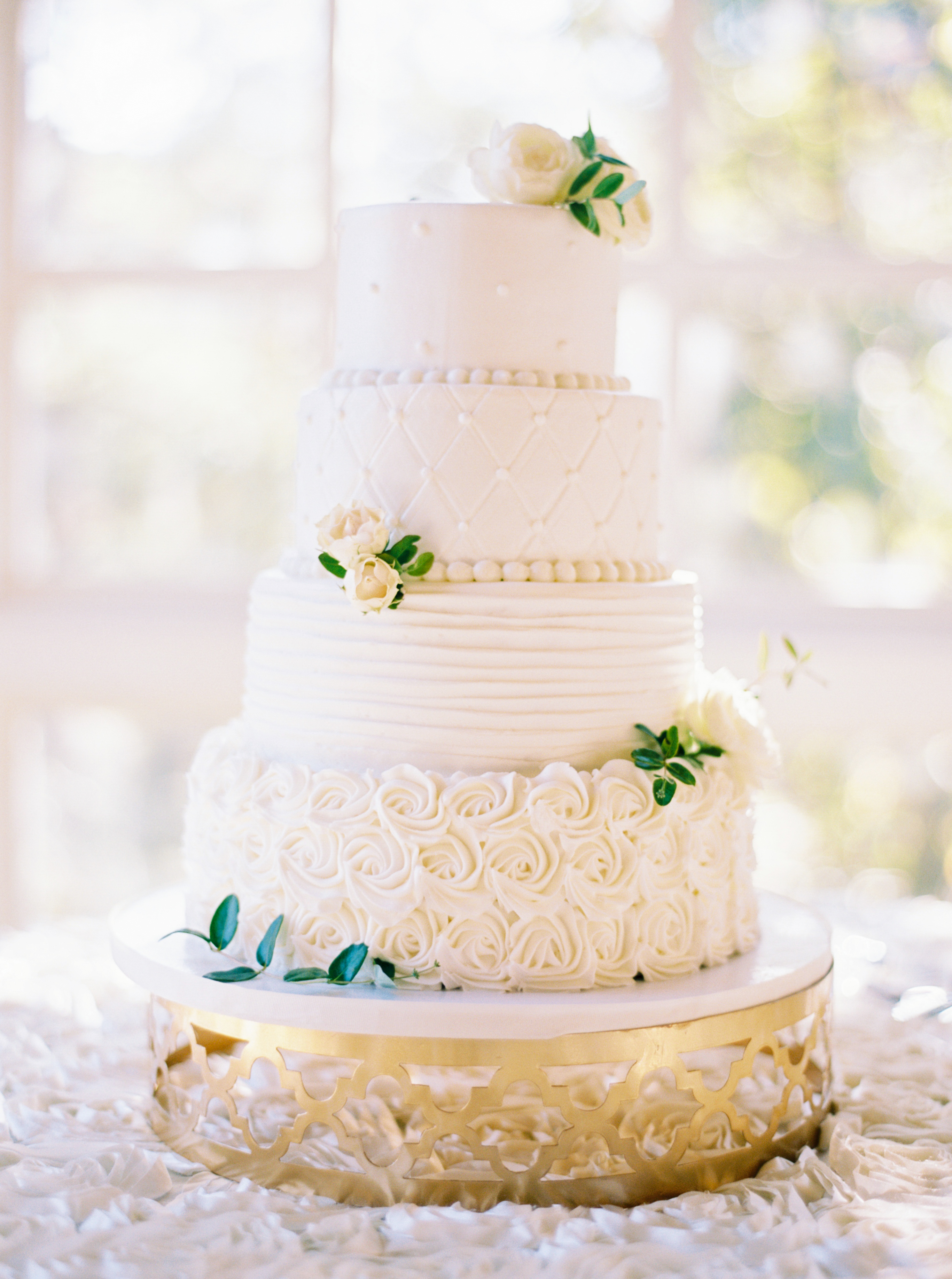 The Ultimate Guide To Wedding Cakes - BridalPulse