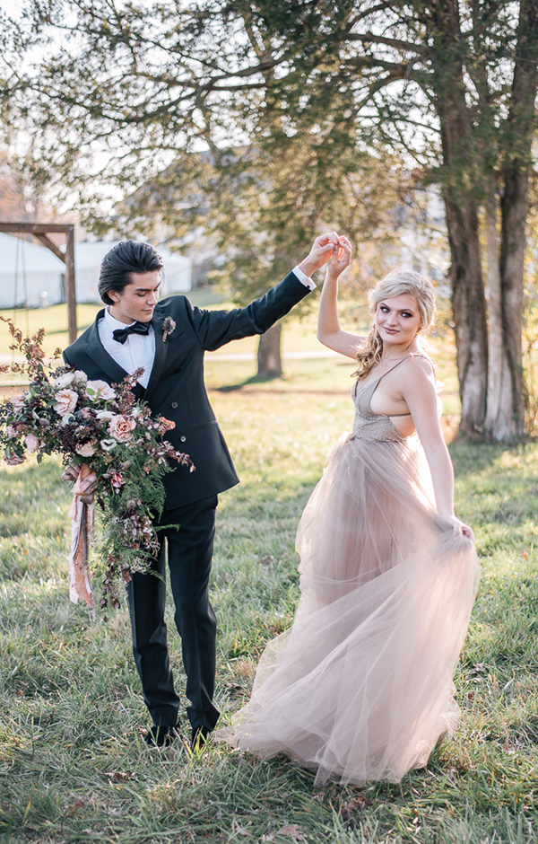 Romantic victorian wedding inspiration in shades of pink bridalpulse post navigation published inromantic victorian wedding junglespirit Choice Image