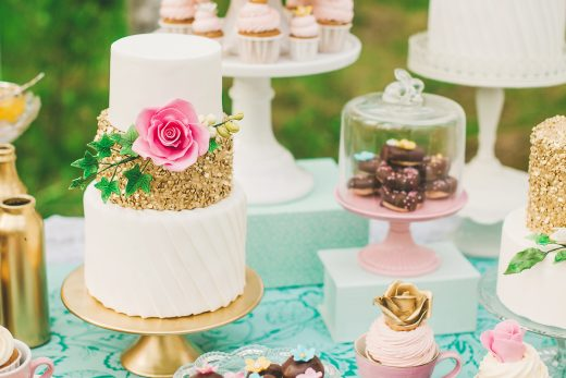 BridalPulse: The Wedding Cake Trends You Need to Know About | Photography By: Suárez Bakery | Follow @BridalPulse for more wedding inspiration!BridalPulse: The Wedding Cake Trends You Need to Know About | Follow @BridalPulse for more wedding inspiration!