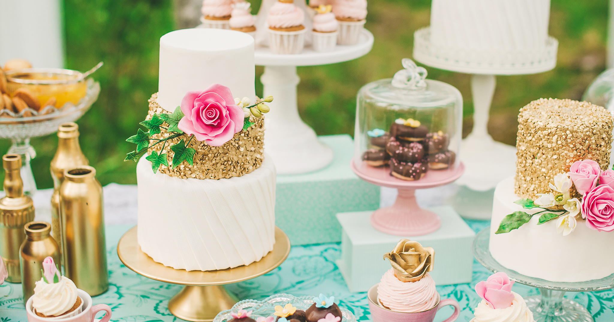 BridalPulse: The Wedding Cake Trends You Need to Know About   Photography By: Suárez Bakery   Follow @BridalPulse for more wedding inspiration!BridalPulse: The Wedding Cake Trends You Need to Know About   Follow @BridalPulse for more wedding inspiration!
