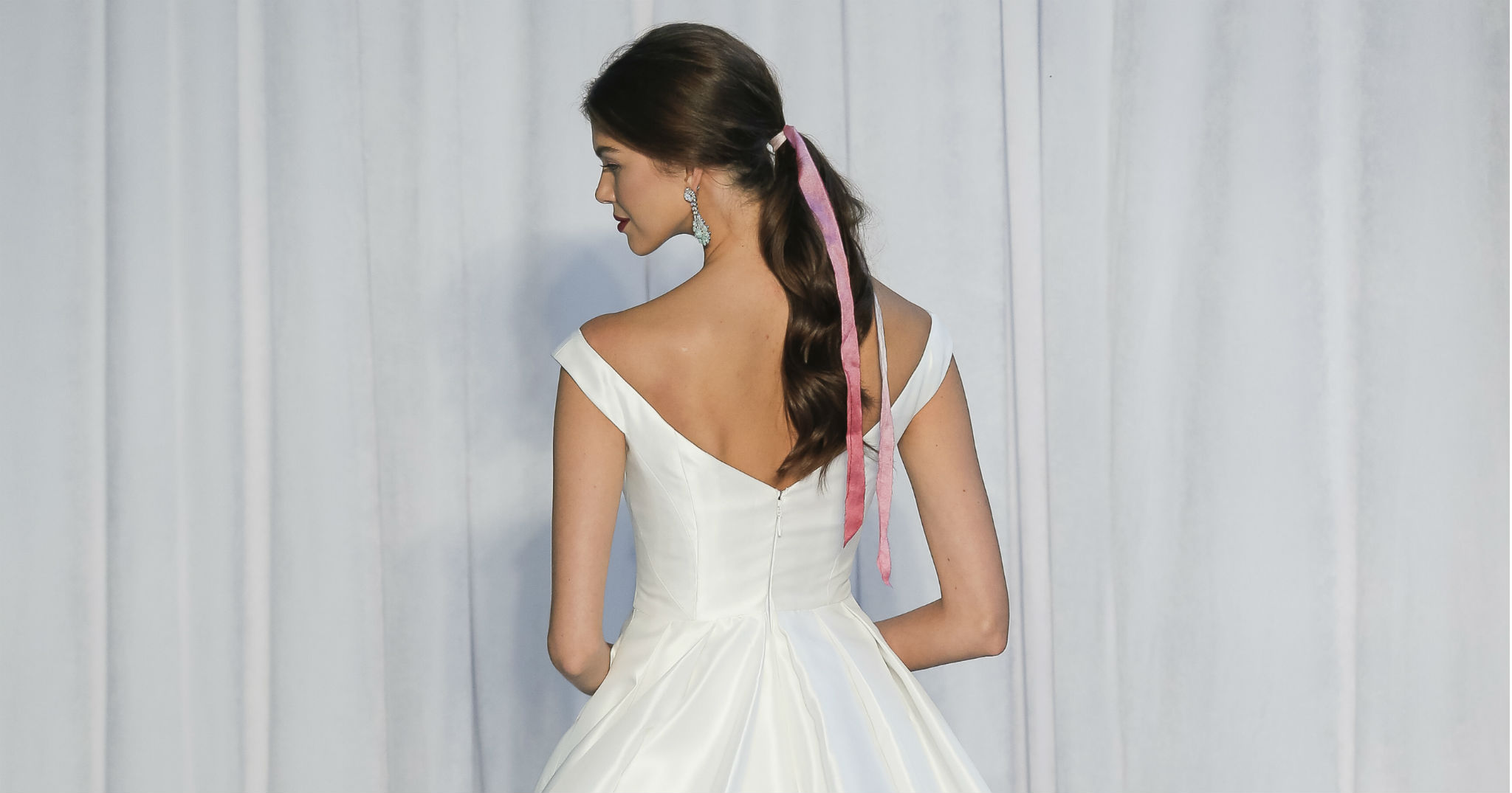 The Best Beauty Looks from Bridal Fashion Week Fall 2018 - BridalPulse