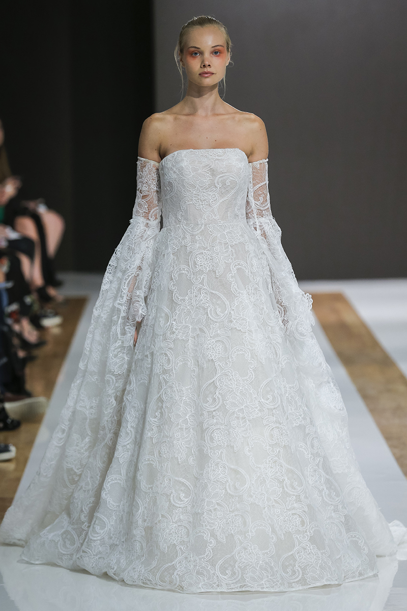BriidalPulse: The 5 Biggest Trends From Bridal Fashion Week Fall 2018 | Photo: Mark Zunino | Follow @bridalpulse for more wedding inspiration!