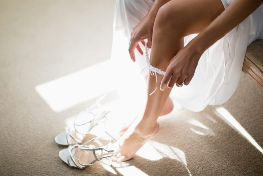 BridalPulse: How to Shop For Bridal Undergarments | Photo: iStock | Follow @bridalpulse for more wedding inspiration!