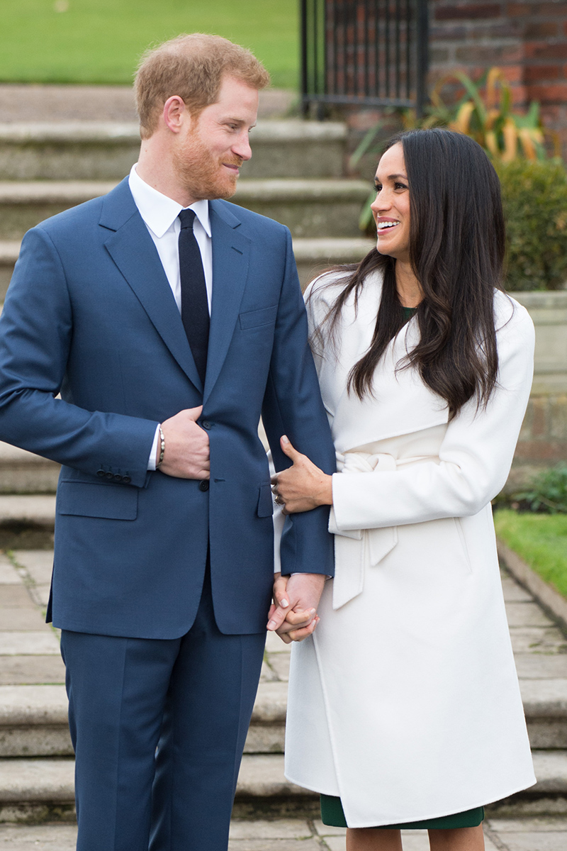 BridalPulse: Prince Harry Is Officially Engaged to Meghan Markle And Shows Off Her Engagement Ring | Photo: Splash News | Follow @bridalpulse for more wedding inspiration!