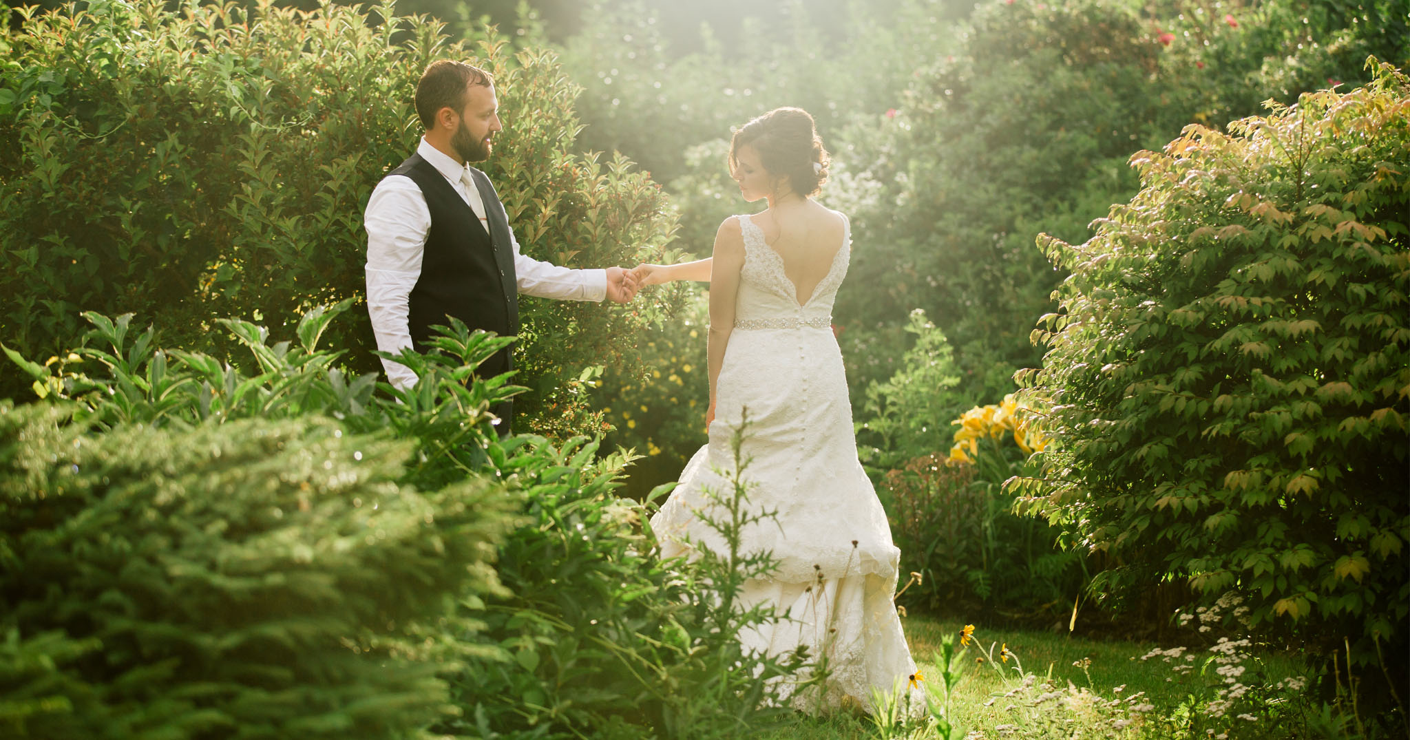 Rustic Elegance Set the Tone for This Couple's Real Wedding - BridalPulse