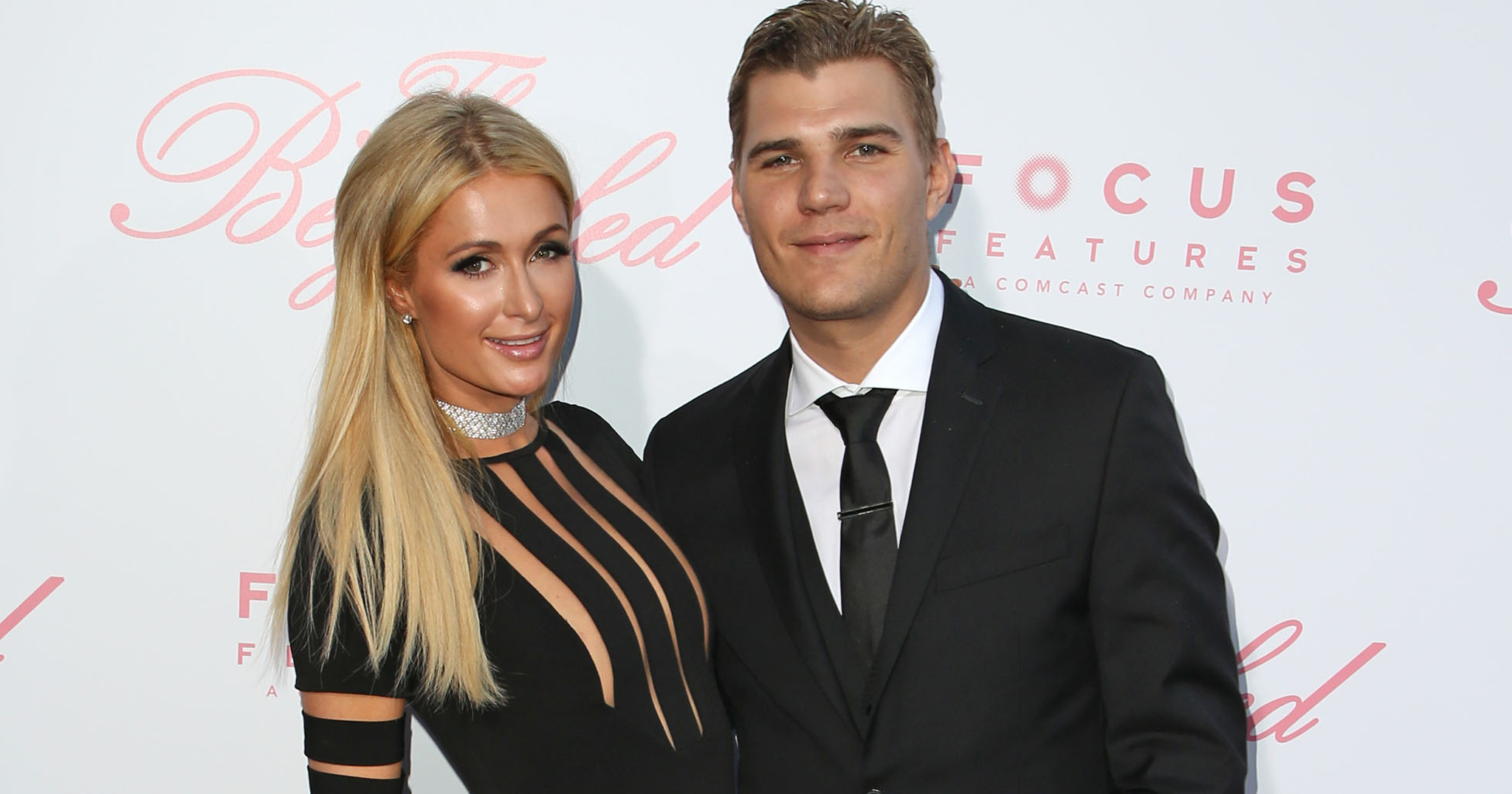 See Paris Hilton S Massive Engagement Ring From Fianc 233