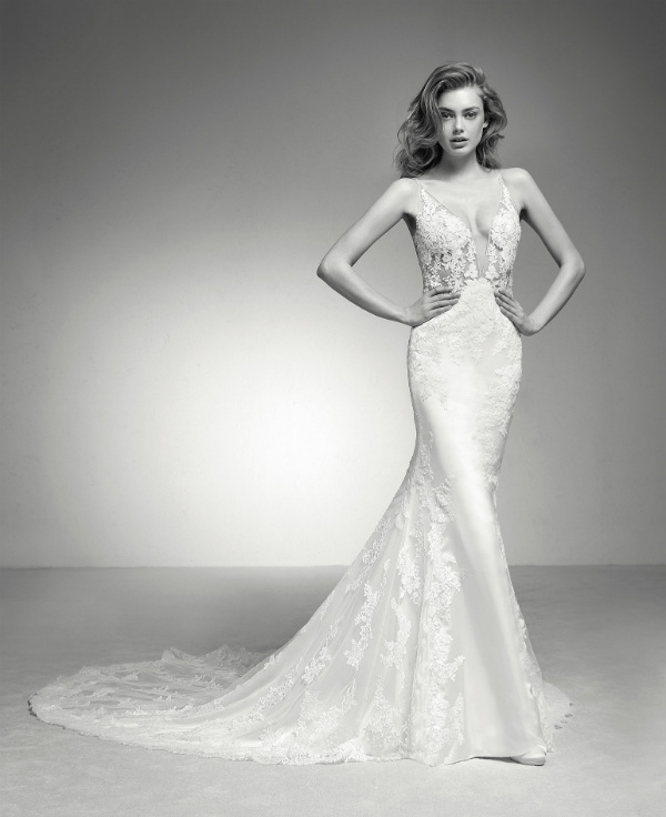 Pronovias Privee Ileas
