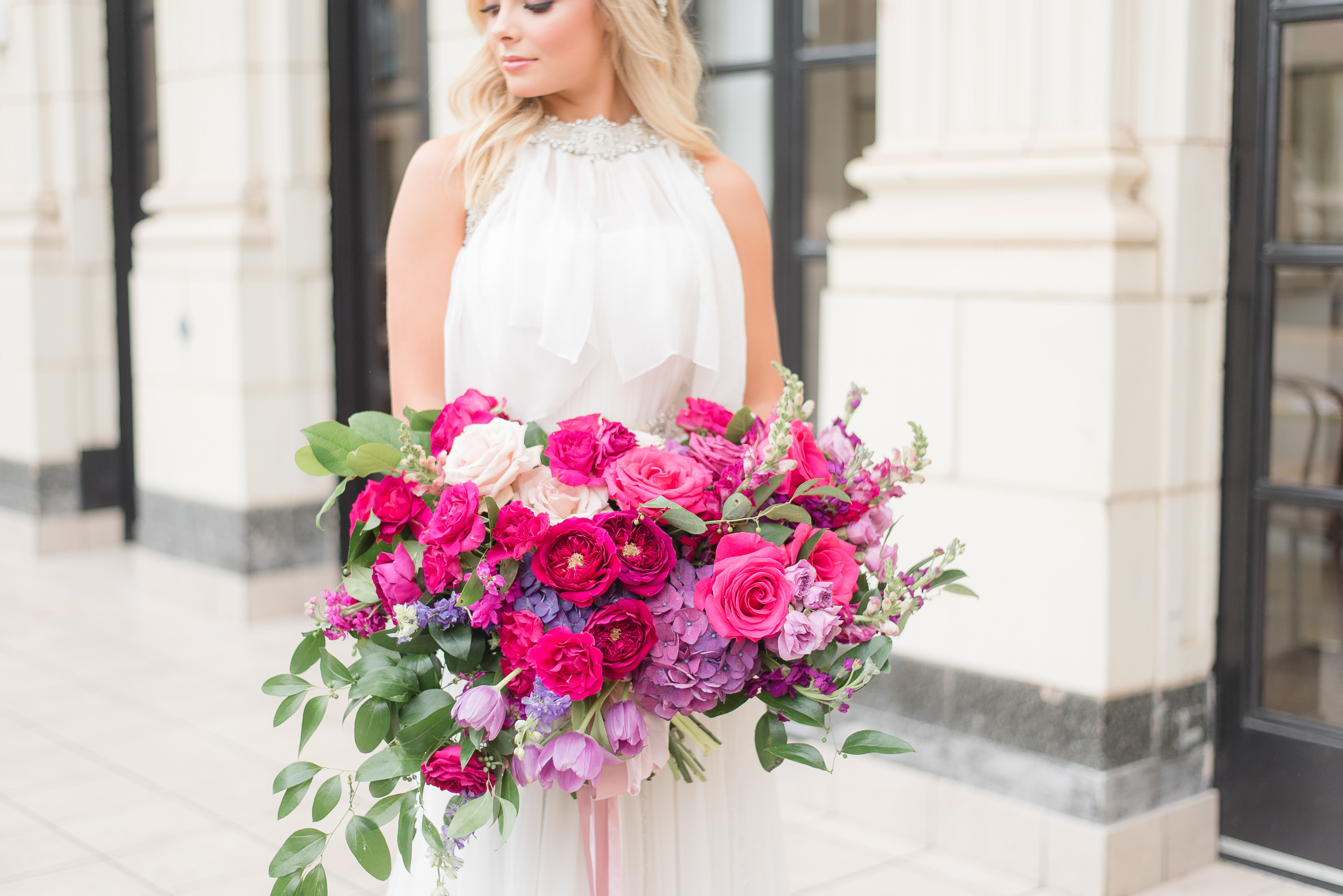 Purple Wedding Bouquets are a Top Bridal Trend Right Now