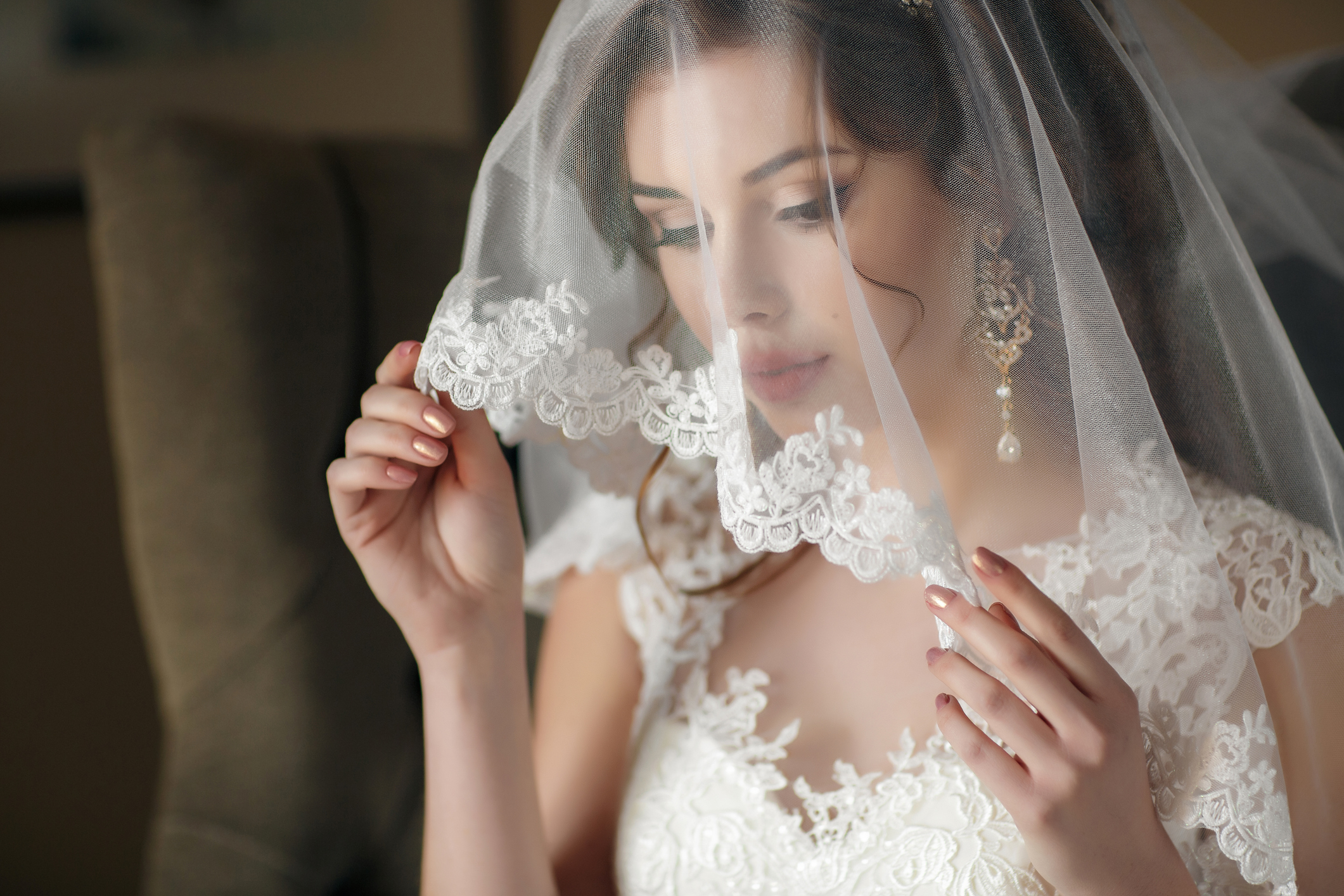How To Wash A Wedding Veil And Remove Old Stains At Home