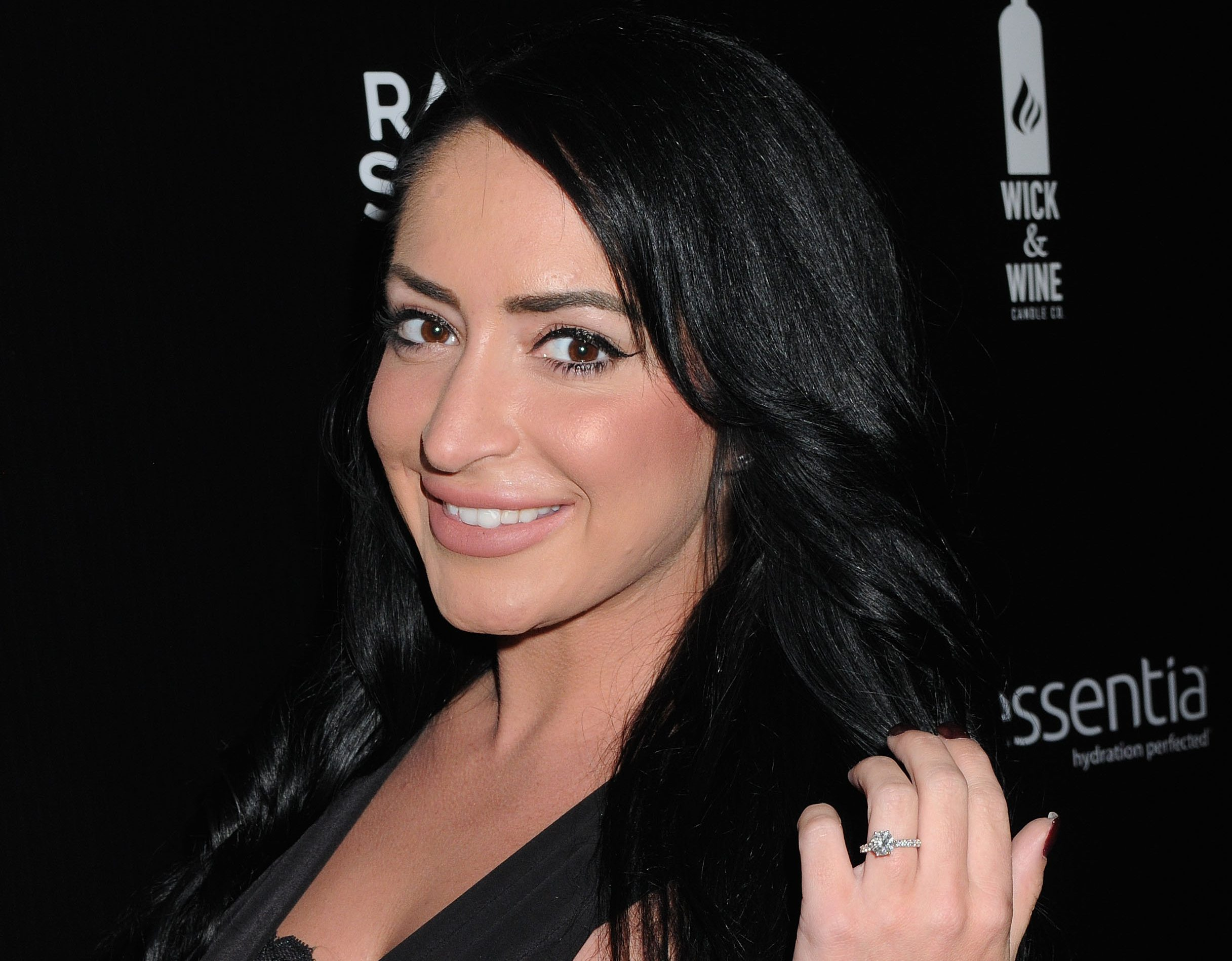Angelina Jersey Shore Sexy angelina pivarnick of jersey shore opens up about plastic